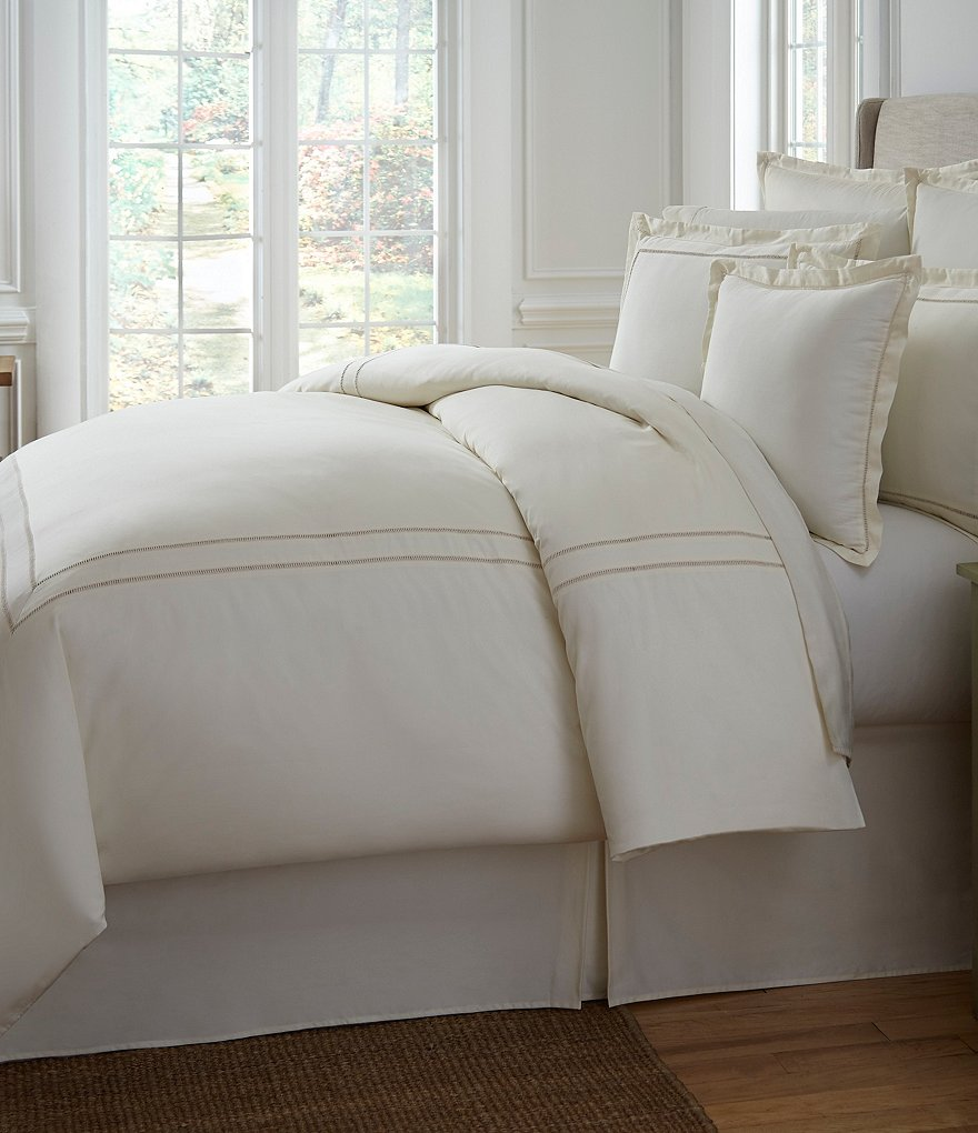 Southern Living Heirloom 500-Thread-Count Sateen & Twill Comforter