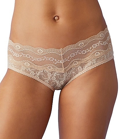 b.temptd by Wacoal Lace Kiss Hipster Panty