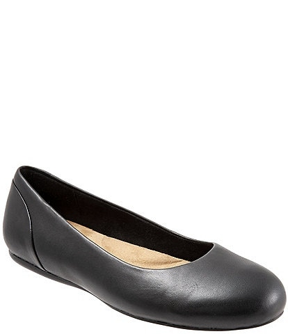 SoftWalk Sonoma Leather Ballet Flats