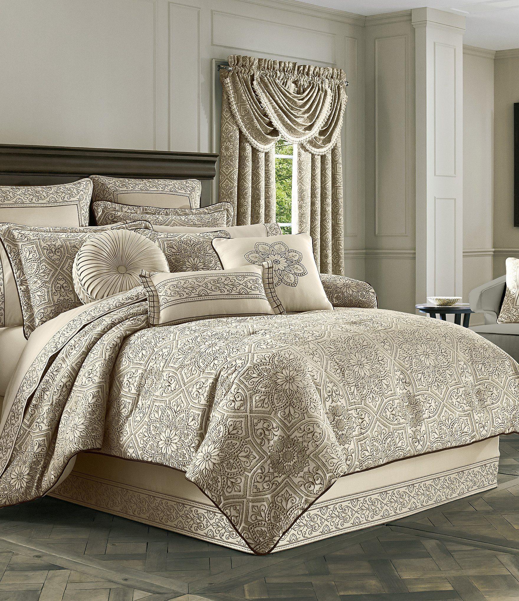 J Queen New York Mirabella Comforter Set Dillards