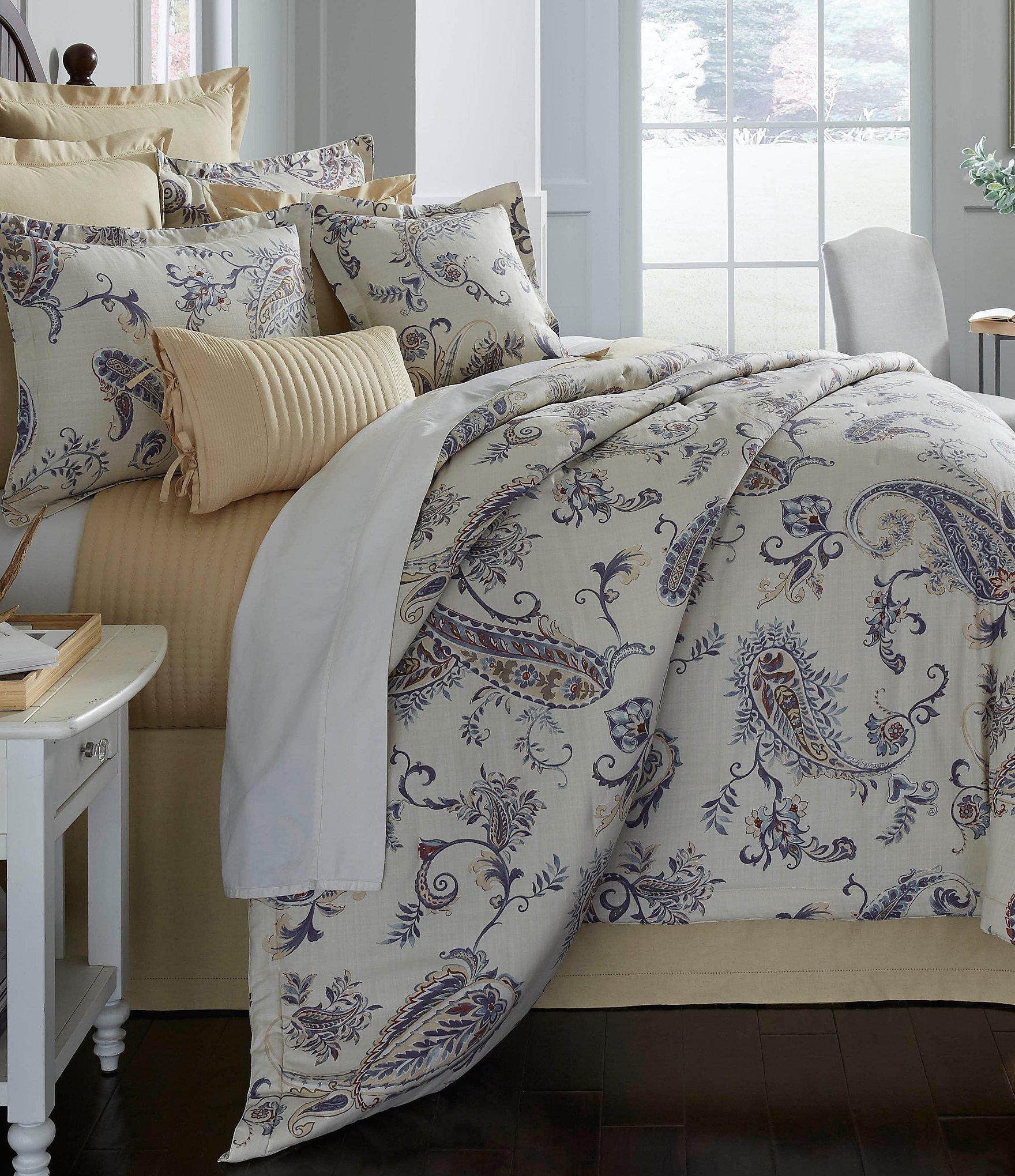 Villa By Noble Excellence Capella Paisley Comforter Mini