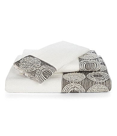 Avanti Linens Galaxy Bath Towels