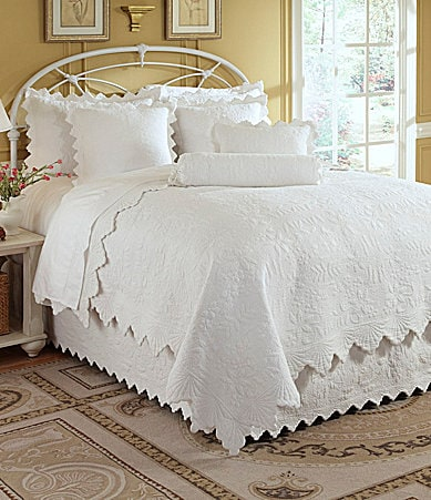 Noble Excellence Capistrano Quilt Collection