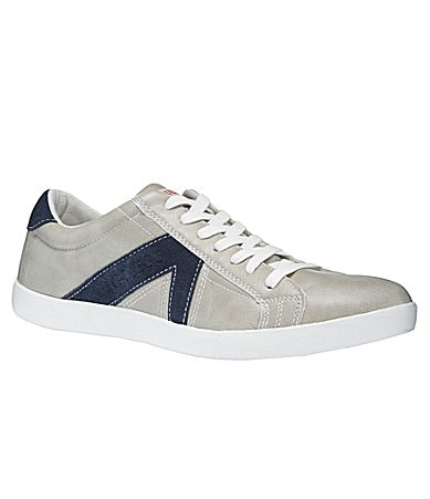 Guess Men�s Jocino Casual Sneakers