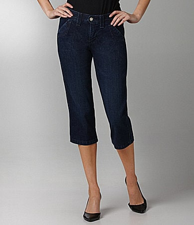 Levi�s 525 Denim Capri Pants