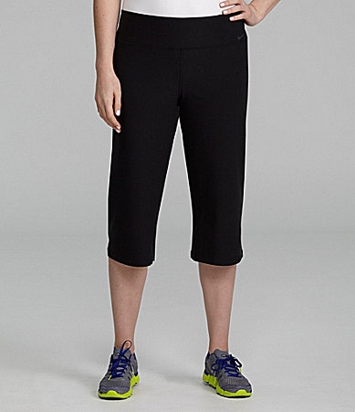 Nike Woman Legend Capri Workout Pants