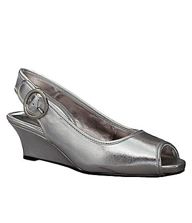 Jessica Simpson Girls Penn Dress Shoes