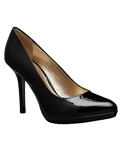Antonio Melani Joanne Pumps