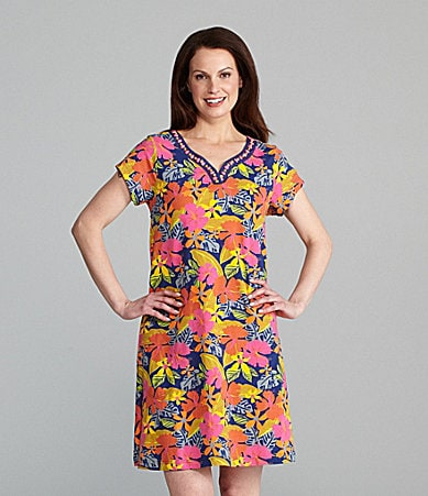 Patio Casuals by Cabernet Woman Floral Print Lounge Dress
