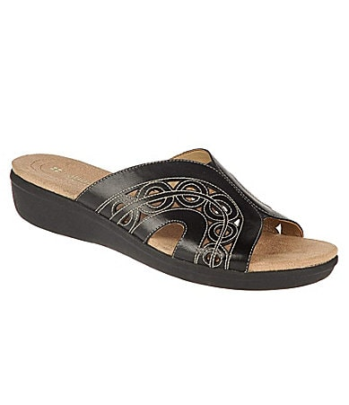 Naturalizer Women�s  Waver Slides