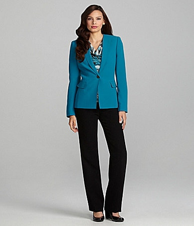Tahari by ASL Woman 2-Piece Pant Suit