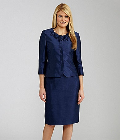 Kasper 2-Piece Floral-Collar Skirted Suit