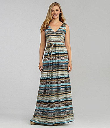 Jessica Howard Sleeveless Maxi Dress