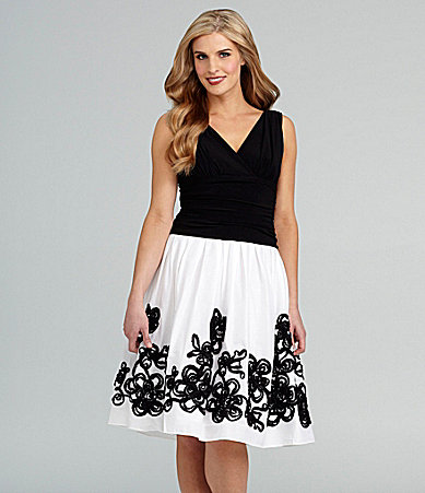 S.L. Fashions Sleeveless Full-Skirt Dress
