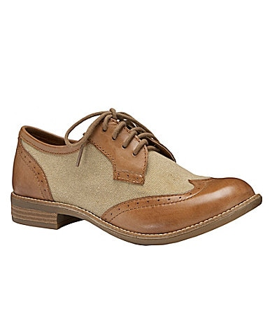 GB Gianni Bini Wing-Tip Oxfords