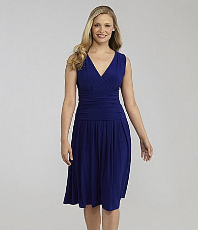 Jessica Howard Woman Sleeveless Jersey Dress