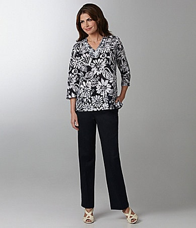 Samantha Grey Etched Flower Tunic & Stretch Twill Pants