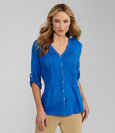 Westbound Woman V-Neck Pintuck Top