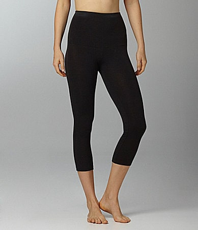 Hue Ultra Tummy Shaping Capri Leggings