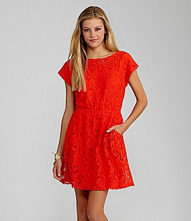 GB Keyhole-Back Lace Dress