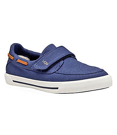 UGG Australia Boys Halfhitch Boat Shoe Sneakers
