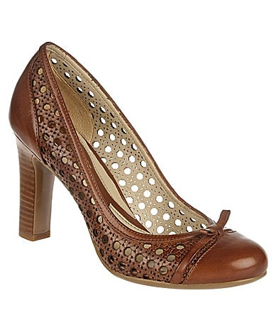 Naturalizer Polly Pumps