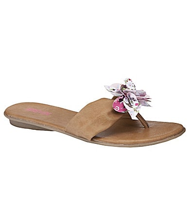 Kenneth Cole Reaction Girls Keeping In Thong Sandals