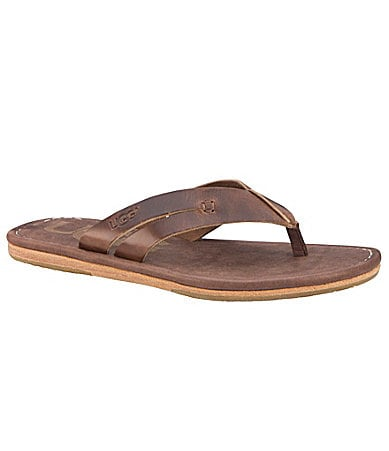 UGG Australia Men�s Via Donata Thong Sandals