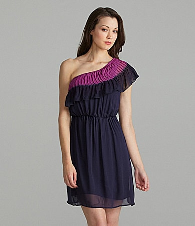 Willow & Clay One-Shoulder Tie-Dye-Trim Dress