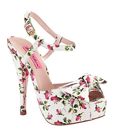 Betsey Johnson Haylie Sandals
