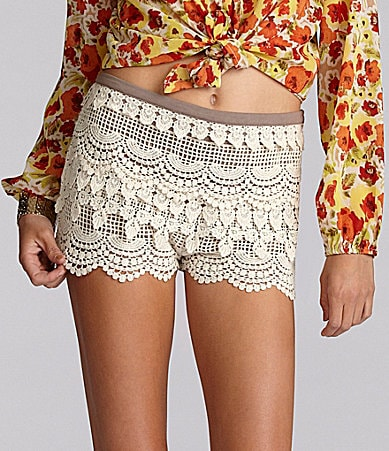 GB Lace Scallop Hem Shorts