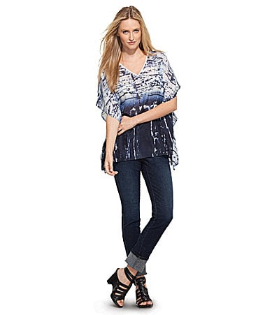 Karen Kane Abstract Flutter-Hem Top & Pull-On Denim Jeggings