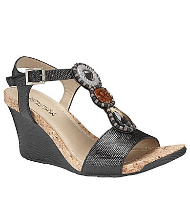 Kenneth Cole Reaction Seeking Cedar Wedge Sandals
