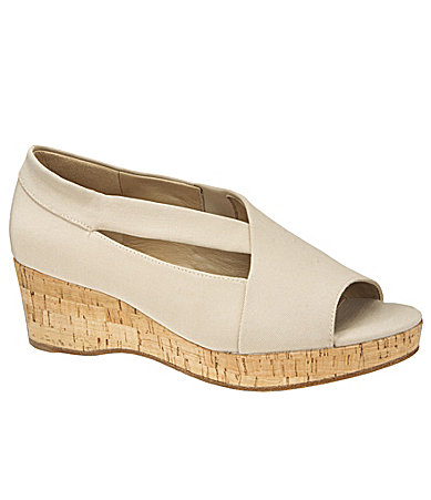 Eileen Fisher Reveal Wedges
