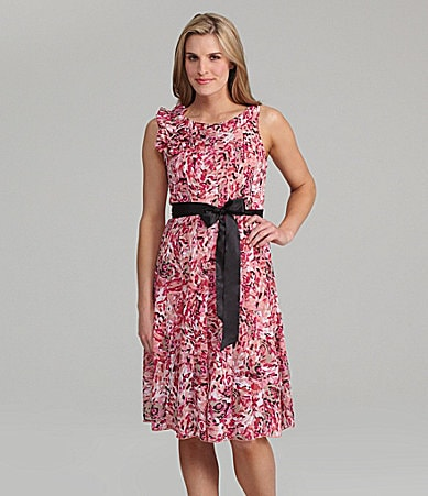S.L. Fashions Petites Printed Chiffon Dress
