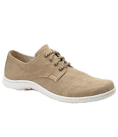 Born Men�s Benji Chukka Lace-Up Shoes