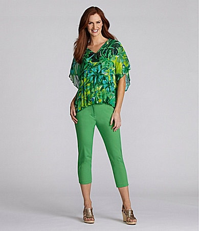 Chaus Palm-Print Blouse & Crop Pant