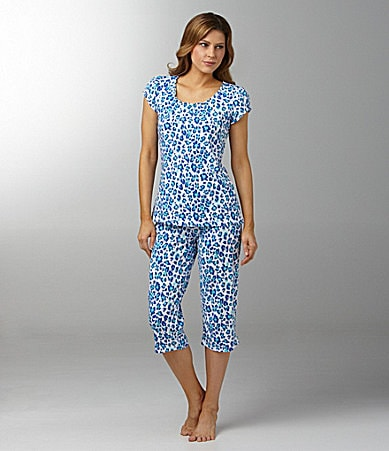 Jasmine & Ginger Woman Blue Cheetah Print Top & Capris