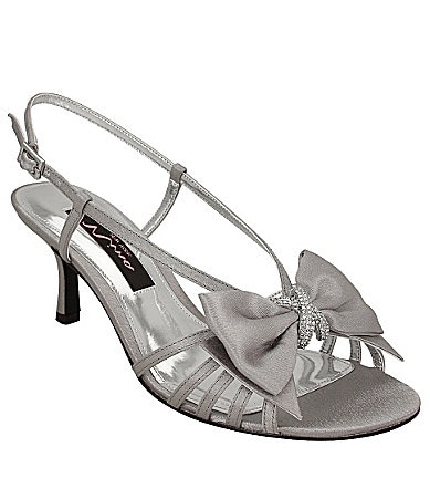 Nina Georgia Bow-Accented Sandals
