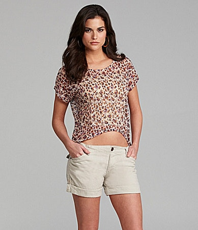 Gianni Bini Moni Cropped Lace Top & Dolly Roll-Cuff Shorts