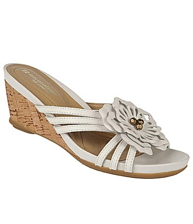 Naturalizer Sana Slip-On Wedge Sandals