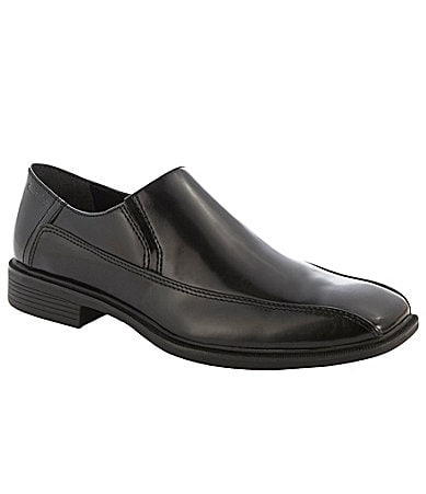 Calvin Klein Men�s Fane Slip-On Dress Shoes