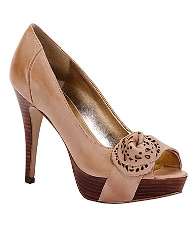Guess Charisa Pumps
