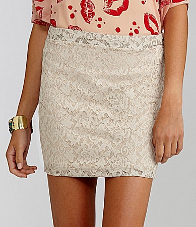 GB Fitted Lace Mini Skirt