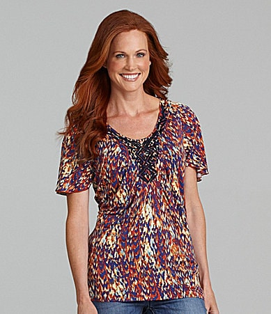 Reba Embroidered Flutter-Sleeve Top