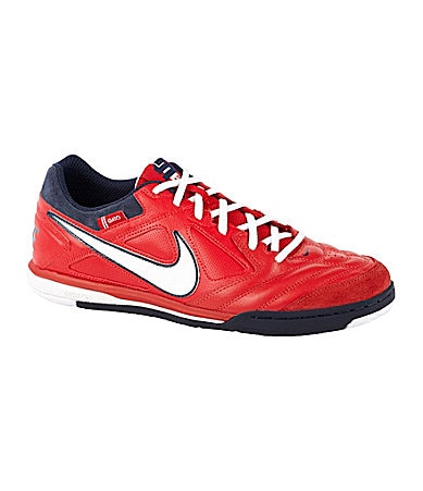Nike Men�s Gato Soccer Shoes