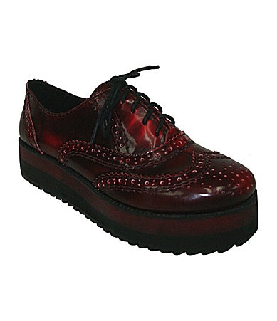 Big Buddha Women�s News Lace-Up Oxfords