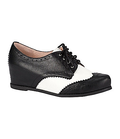 Chinese Laundry Object Wingtip Oxfords