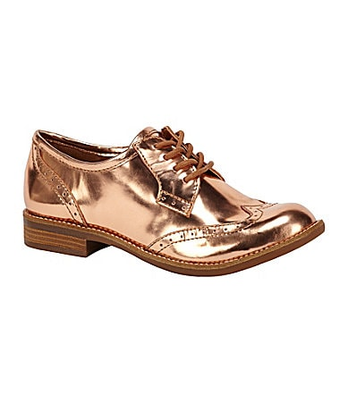 GB Gianni Bini Wing-Tip Metallic Oxfords