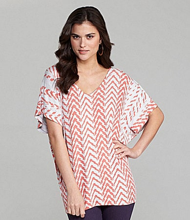 Gianni Bini Charlie V-Neck Chevron Top